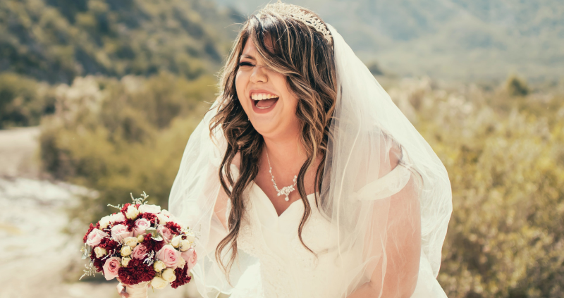 Plus-Size Brautkleider für traumhafte Kurven Brautmoden mit Herz